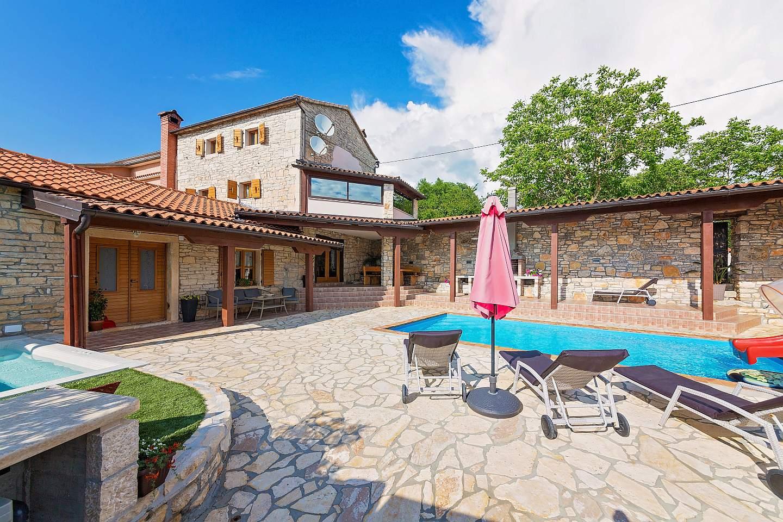 Casa Antoli