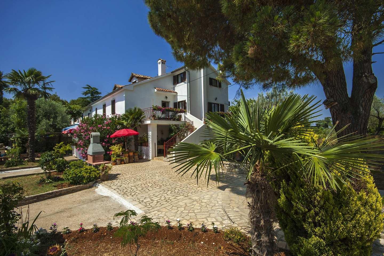 Casa Bizzarra