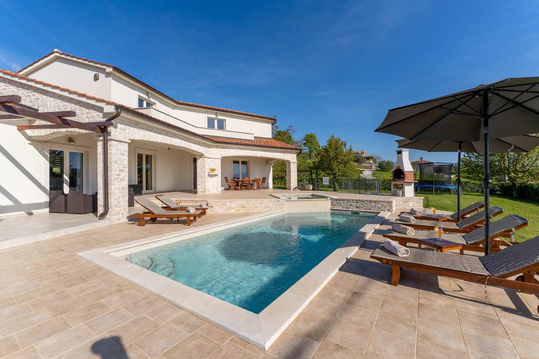 Villa Melli